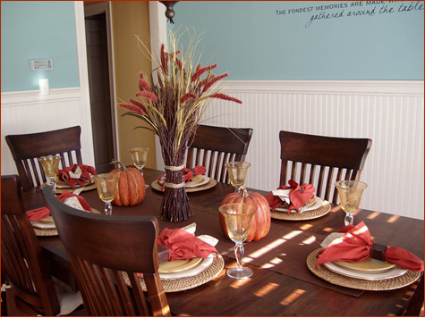 Stylish Thanksgiving Tables - Less Is More