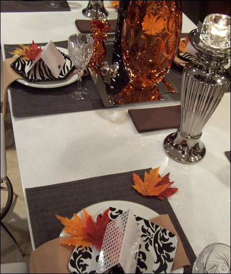 Stylish Thanksgiving Tables Thanksgiving - Glam Style
