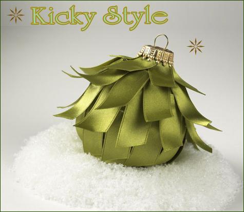 DIY Christmas Ornaments: Kicky Style