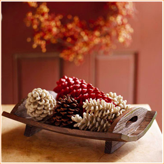 DIY Craft: Stylish Pinecone Decorations - Painted Pinecones