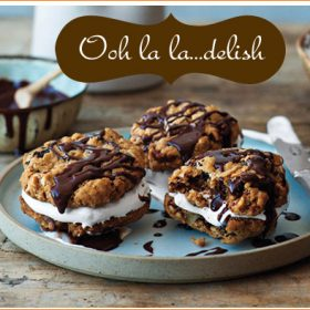 {Recipes} Chocolate-Oatmeal Moon Pies