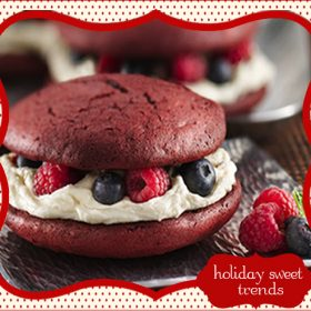 {Holiday Dessert Trends} Red Velvet Whoopie Pies