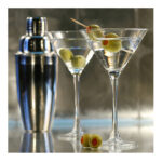 {PARTY STARTERS} Dirty Vodka Martini's & Roasted Garlic Hummus