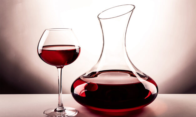 Decanting Wine – When and Why to Decant